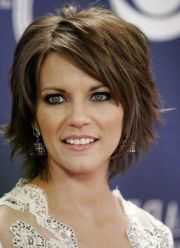 short haircuts thick wavy hair