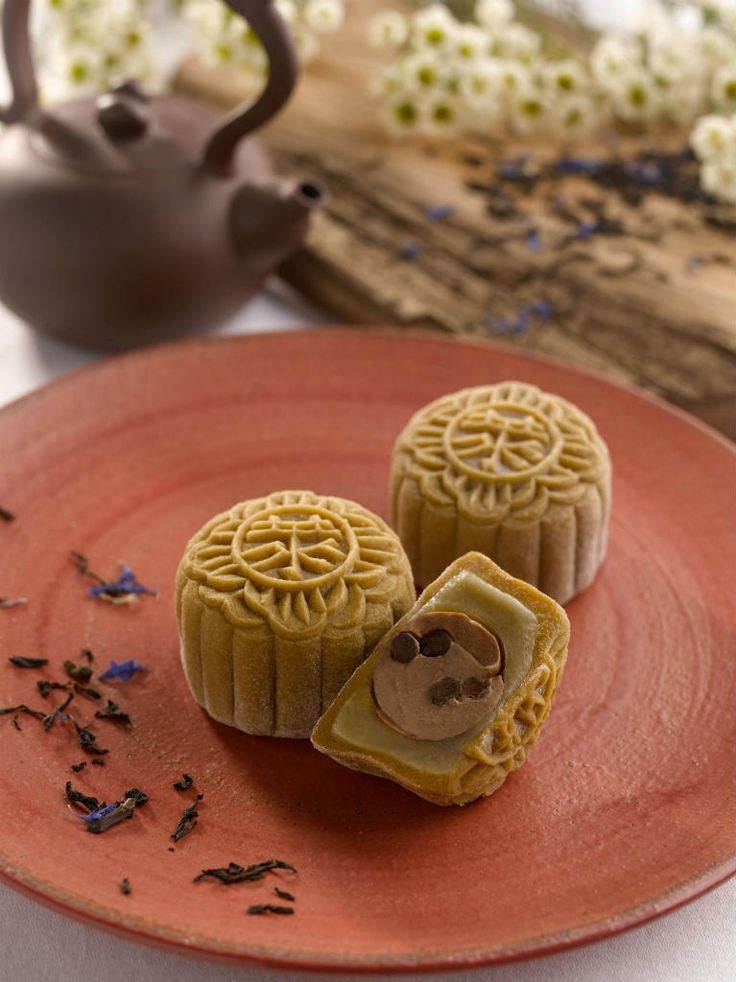 Snow Skin Mooncake With Earl Grey Tea Truffle And