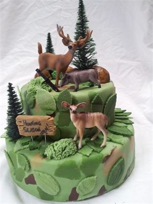 25 Best Ideas About Hunting Birthday Cakes On Pinterest Hunting Cakes Deer Hunting Cakes And