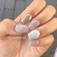 Short coffin acrylic nails with shellac #nails | Pepe