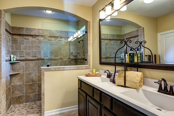 David Weekley Homes  Grayton master bathroom 2117 Sq Ft