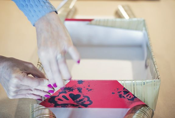 Gift Wrapping A Shoe Box A Cute Gift Decorating Idea