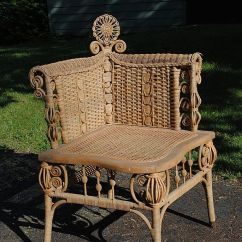 Heywood Wakefield Wicker Chairs Pub Table And Chair Set 88 Best Images About Corner On Pinterest   Queen Anne, English