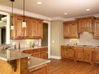 25+ bsta Honey oak cabinets iderna p Pinterest