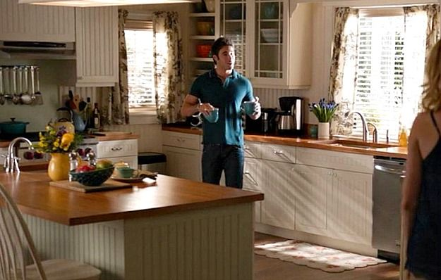 beach house kitchen backsplash ideas materials emily thorne's in the hamptons on
