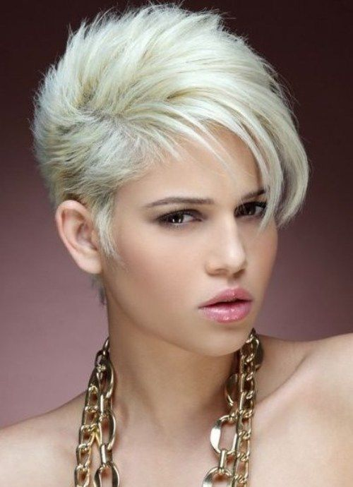 25 Best Ideas About Short Asymmetrical Hairstyles On Pinterest