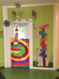 Only best 25+ ideas about College Door Decorations on ...