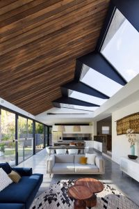 25+ best ideas about Roof skylight on Pinterest | Orangery ...