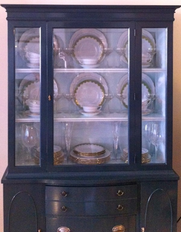 17+ images about China Cabinet Display on Pinterest