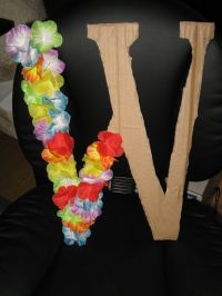 25+ best ideas about Luau Party Decorations on Pinterest