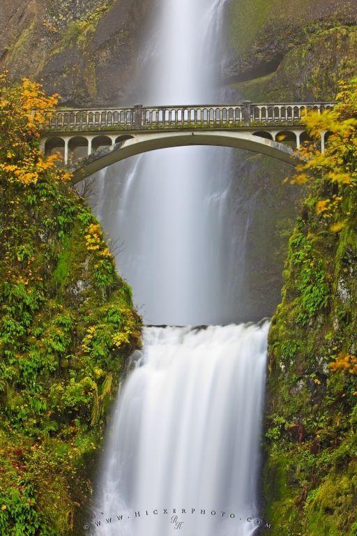 Multonomah Falls Wallpaper Desktop Photo Of The Multnomah Falls Waterfall And The Benson Foot