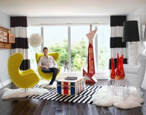 House Tours David Bromstad S True Colors Living Room
