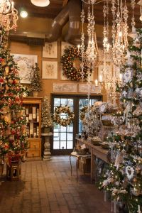 Best 25+ Christmas store displays ideas on Pinterest