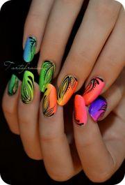 1000 painted toenails