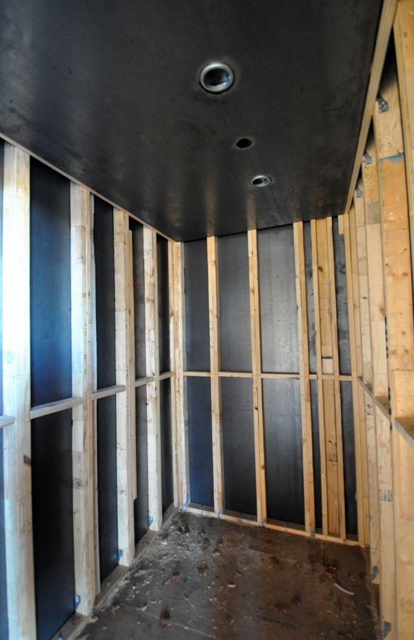 Tornado Room with steel plate ceiling 01  Prepared