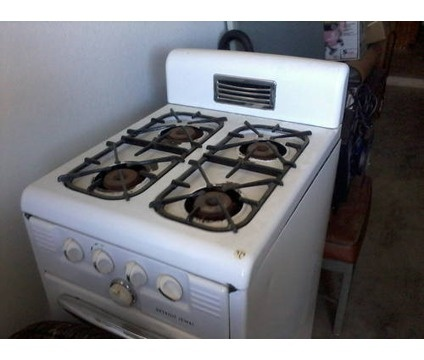 33 best images about Vintage Appliances on Pinterest  Stove Museums and Electric