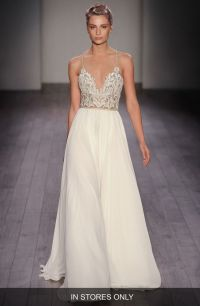 17 Best images about Wedding Dresses and Bridal Gowns on ...
