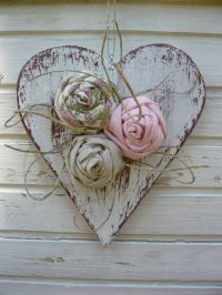 Best 25+ Wooden hearts ideas on Pinterest