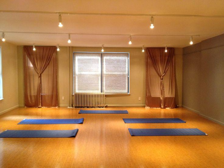 Best 25+ Home Yoga Studios Ideas On Pinterest