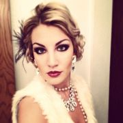 1920's hair and makeup flapper