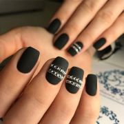 black nail polish ideas