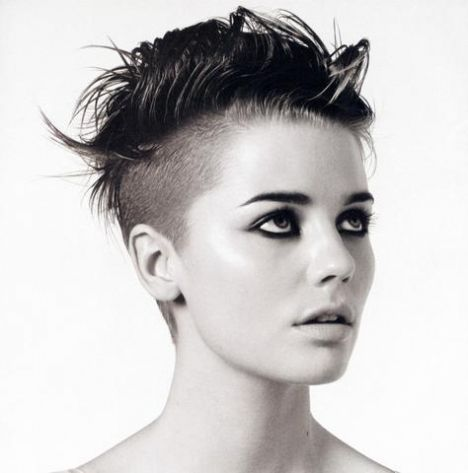 25 Best Ideas About Girls Shaved Hairstyles On Pinterest Shaved