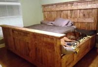 built in dog bed in queen size bed - Google Search | love ...