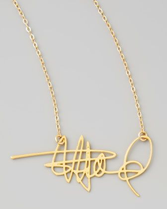 Custom signature necklace – this is SO COOL!!!  This would be a fab Christmas gift