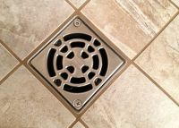 Unclog Your Shower Drain With Vinegar & Baking Soda ...