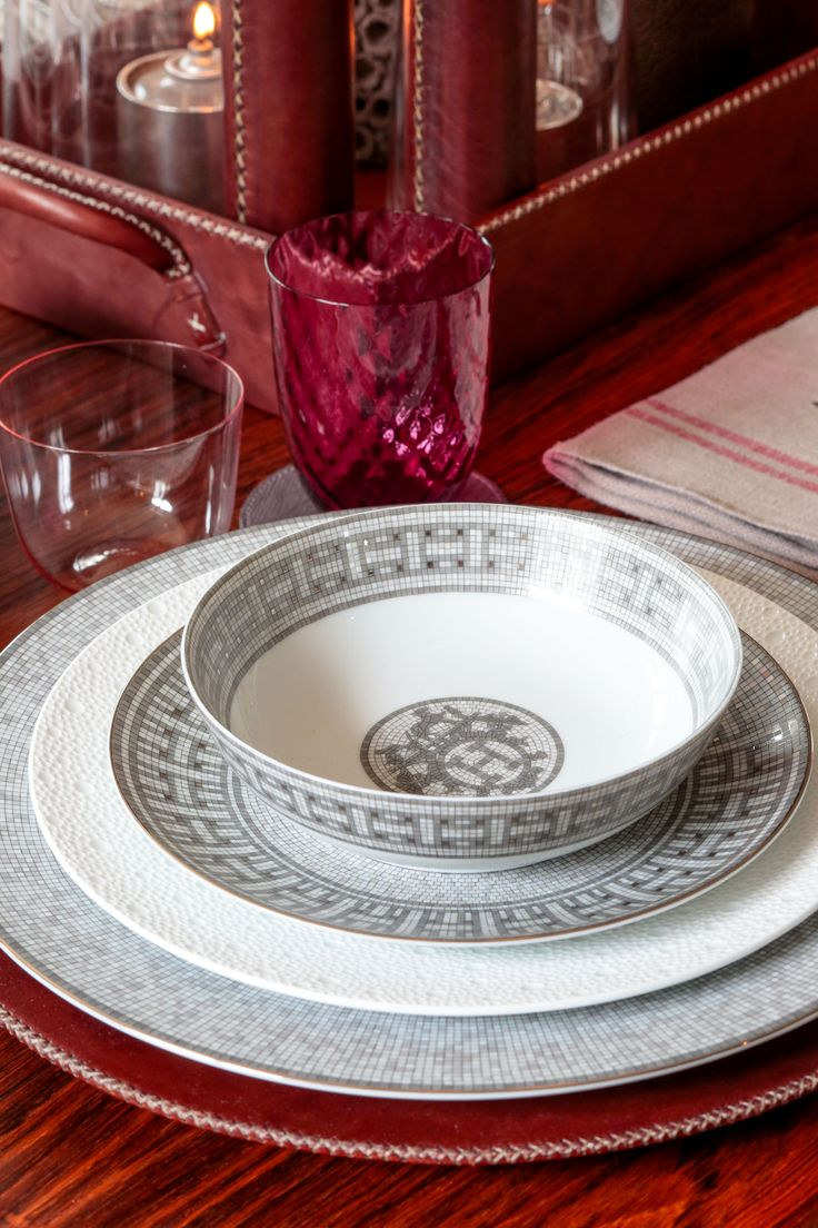 58 best images about Hermes Dinnerware on Pinterest  Tea cups Tea cup saucer and Dessert plates