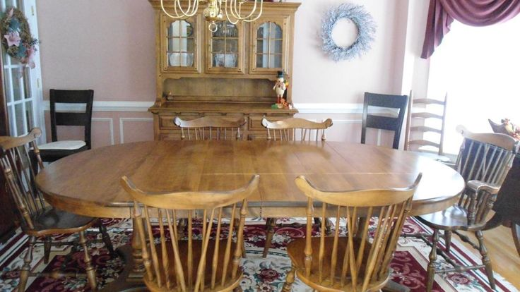 Dining Room setTempleStuart  Hutch 6 chairs Table