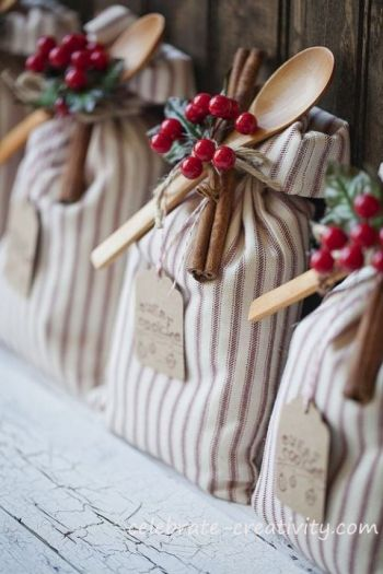 These are fantastic ideas - I'm going to start making some for Christmas! 25 DIY handmade gifts people actually want.: