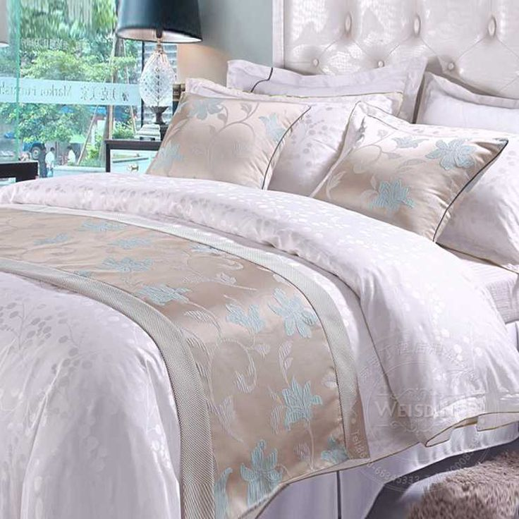 17 Best ideas about Bed Runner on Pinterest Quilt table