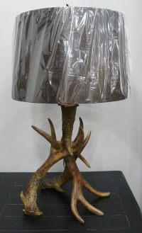 Best 20+ Antler lamp ideas on Pinterest | Deer antler ...