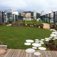 25+ best ideas about Rooftop gardens on Pinterest ...