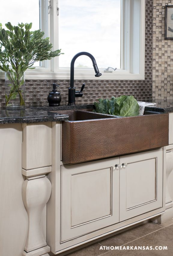 Hammered Copper Sink Been in love w the farm house sink for years I want one  For the