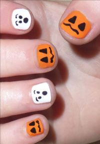 25+ best ideas about Cute Halloween Nails on Pinterest