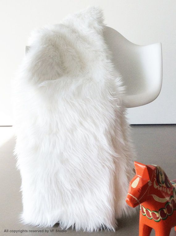 Best 25 Fur throw ideas on Pinterest  Comfy bed White