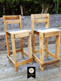 25+ best ideas about Pallet bar stools on Pinterest