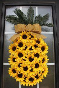 Best 25+ Summer wreath ideas on Pinterest   Door wreaths ...