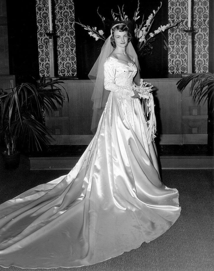 25 best ideas about 1960s Wedding Dresses on Pinterest