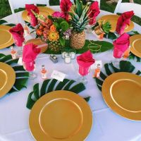 Best 25+ Tropical party decorations ideas on Pinterest