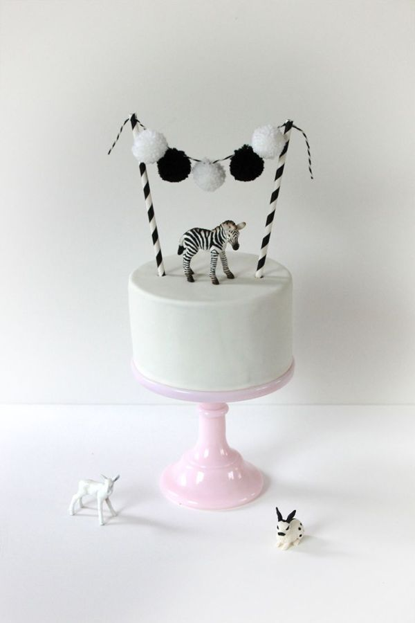 monochrome party cake black and white