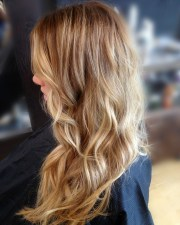 beautiful honey blonde hair color