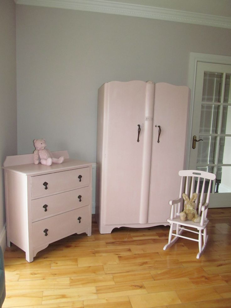 Vintage Bedroom Furniture Painted In Annie Sloan