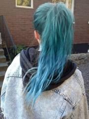 fasinacion por el cabello azul