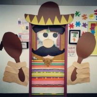 image of classroom door decorations for cinco de mayo ...