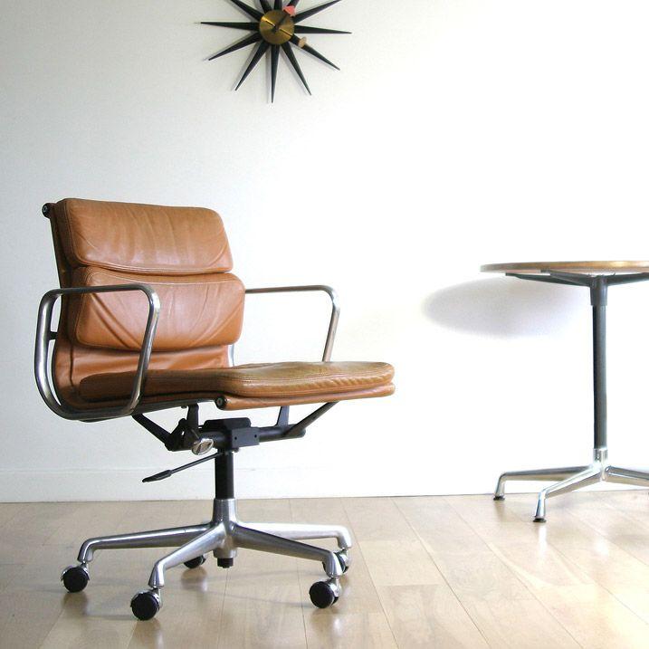 bureaustoel van eames  Voor het huis  Pinterest  Thuis