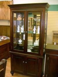 Maple Canadiana curio cabinet, Mennonite 2 door Canadiana ...
