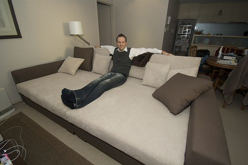 How To Keep A Bed From Dominating A Mixed Use Room An Bed In